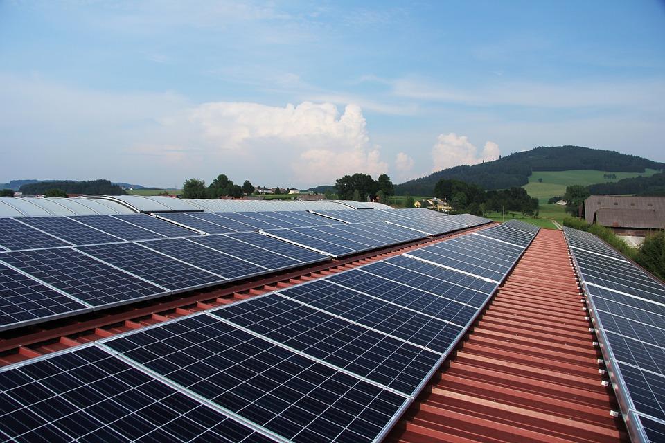 Manfaat Panel Surya sebagai Energi Pilihan Masa Depan
