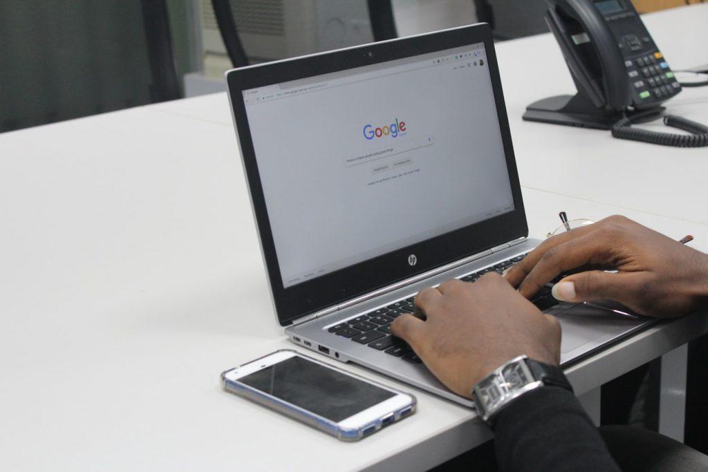 Kelebihan dan Kekurangan Google Translate