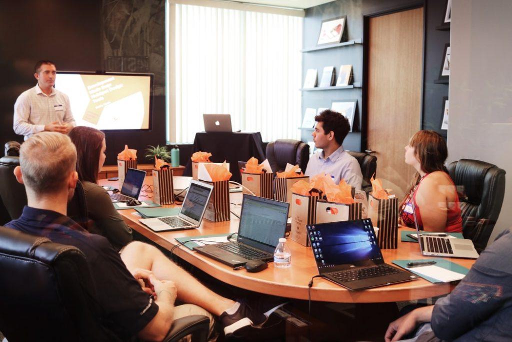 Alasan Banyak Perusahaan Pilih Menggunakan Jasa Outsourcing